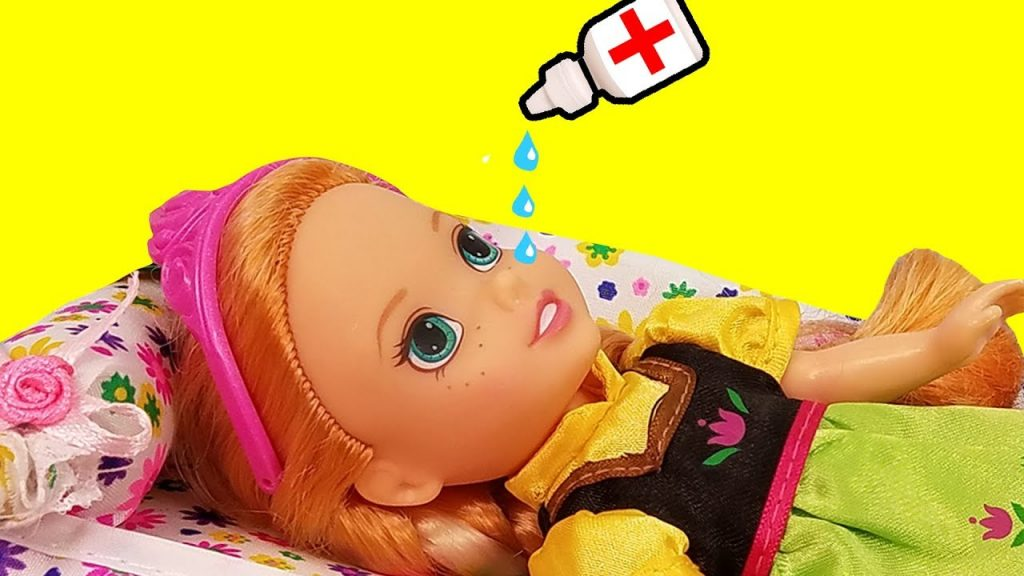 RUNNY NOSE ! Elsa & Anna toddlers – Little Anna is Sick – Afraid of Nose Drops – Sneezing